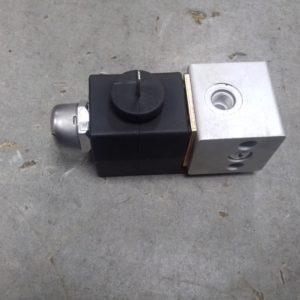Электропневмоклапан 1 клемма плоская (соленоид) Howo | WG9719710003